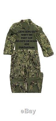 Crye Precision AOR2 Combat set. Shirt Size SMALL MEDIUM. Pants size 32R