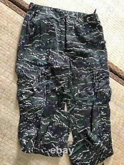 Free shipping. Taiwan Marines Corps. Digital tiger stripe camo shirt/pant set