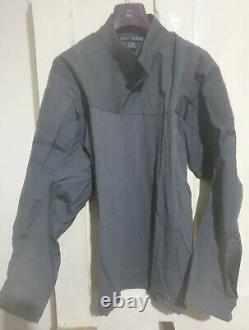 New Arcteryx LEAF Assault AR shirt XL and USED Sphinx Pants XL Wolf RARE SET