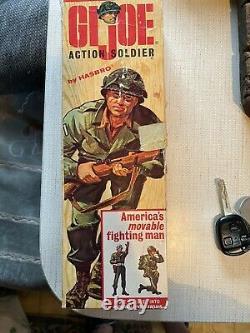 Vintage Hasbro 1964 G. I. JOE Action Soldier #7500